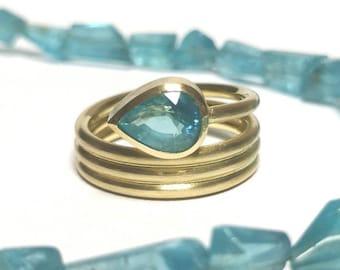 Drop Apatite in 585 Yellow Gold Wrap Ring Goldsmith RW 55