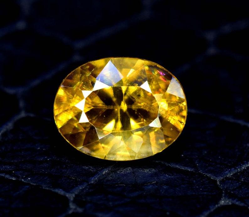 Sphene stone 8*6*4 mm 1.60 cts Sphene Gemstone Sphene cut stone Titanite Sphene Gemstone