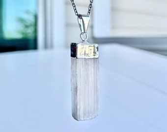 Selenite Raw Pendant Healing Crystal Necklace Jewelry, Stainless Steel Chain, Unisex, Men's, Women's, Serenity Crystal, Forgiveness Crystal