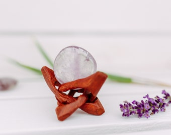 Amethyst - light & clear, healing stone migraine, crown chakra, disc stone, hand flatterer, pocket stone, cleansing abilities on the mind