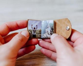 Mini Fotoalbum - Mandelbraun, Photobook, Schlüsselanhänger, veganes Leder, personalisiert, Geschenk für Sie & Ihn - ich vermisse Dich