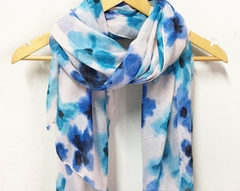 Aquarelle fleur bleu foulard  Spring écharpe d été automne  Gifts pour son   Gifts pour les cadeaux de  Christmas accessoires mère   fait à la main 20212b1112d