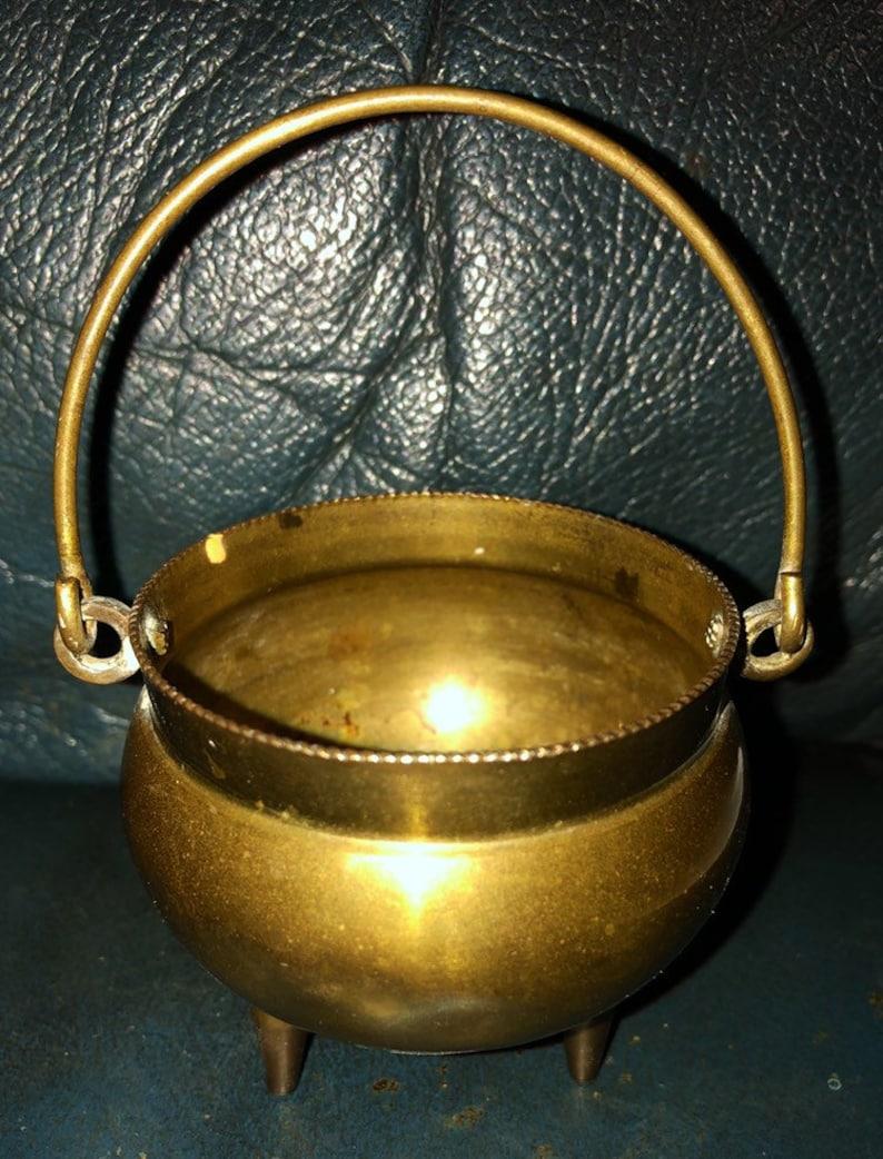 Vintage Brass Cauldron Pagan Witchcraft Witch Altar image 0