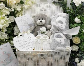 Deluxe Little Lamb Luxury Gift Hamper Basket Set Presented in A Wicker Keepsake Hamper