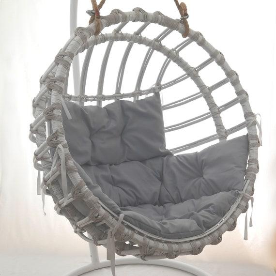 Tremendous Handmade Wicker Hanging Egg Chair White Creativecarmelina Interior Chair Design Creativecarmelinacom