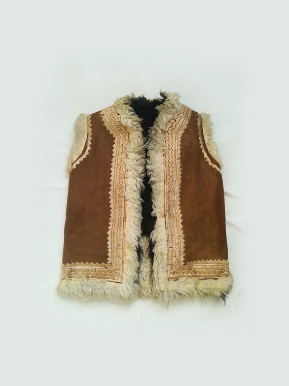 60s / 70s brown afghan shearling waistcoat. Size M