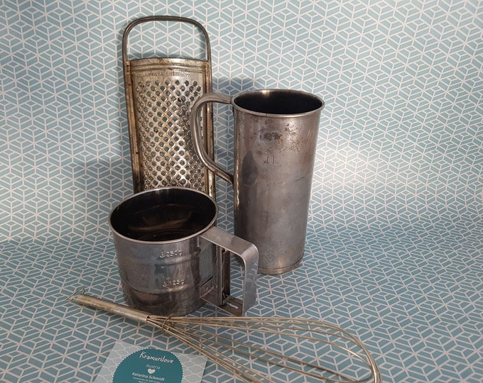 Shabby kitchen set, liter size,Shabby decoration, kitchen decoration Shabby, vintage decoration,shabby decoration, shabby candlesticks, country house decoration, old grater