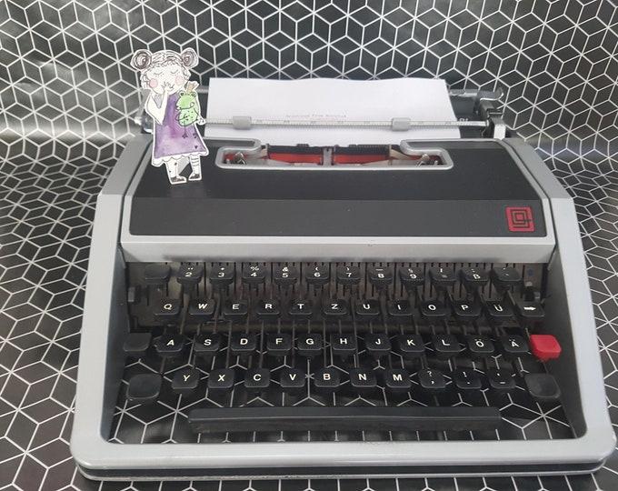 Typewriter Olivetti Lettera DL, Typewriter black,Lettera DL Olivetti,Gift,Typewriter grey,Olivetti Lettera DL, Red Case