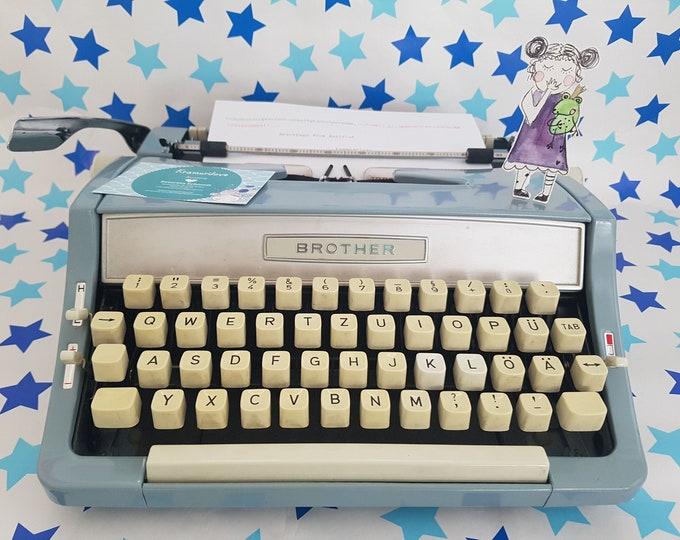 Typewriter brother deluxe, typewriter blue, brother deluxe light blue, gift, typewriter light blue, writing machine baby blue