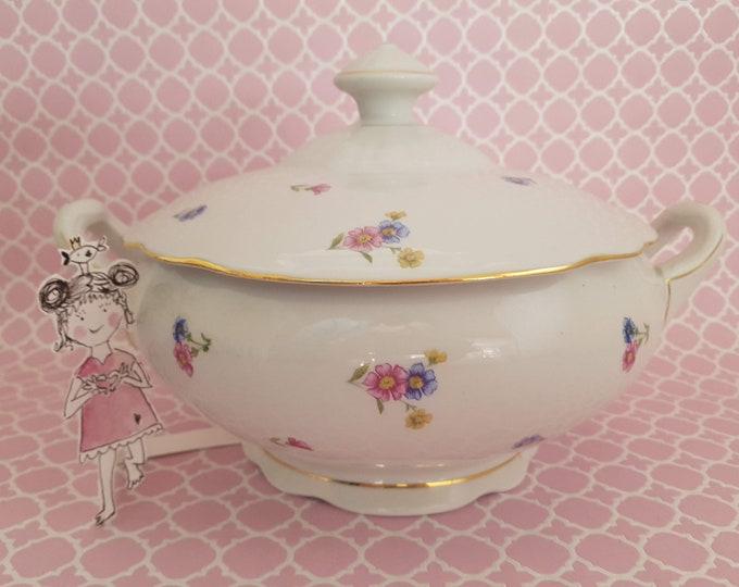 Soup bowl, soup pot, decoration country house, old porcelain flowered, planting bowl, vintage soup pot gift spring,country kitchen, saucer
