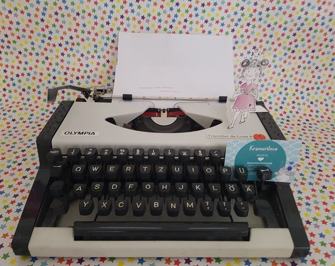 Typewriter Olympia,typewriter white, gift,typewriter beige,made in West Germany, Kramurilove, Olympia traveller, white decoration