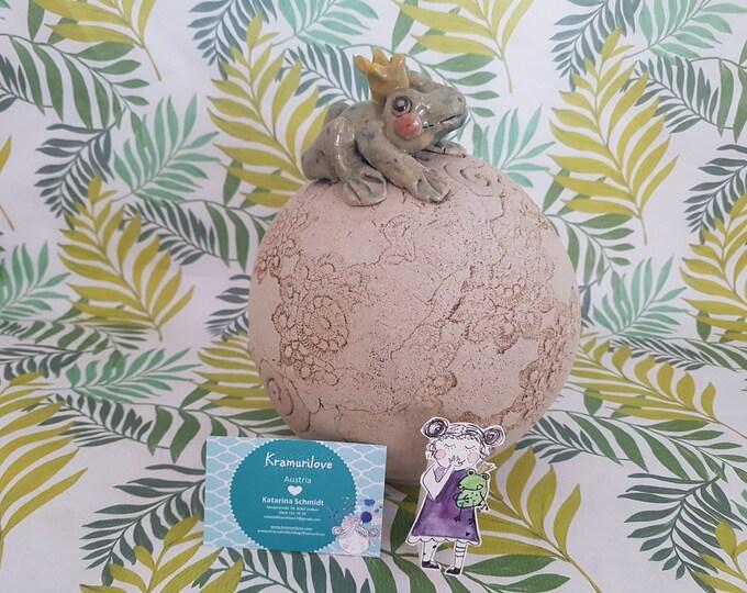 Ball with frog king,ceramic ball,ball set, garden art,garden ball with frog,frostproof pottery,gift garden,gift girlfriend, ball