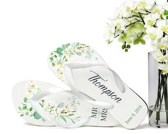 Custom Wedding Flip Flops, Bride Flip Flops, Flip Flops for Guests, Mr & Mrs, Wedding Party, Gifts for Guests, Wedding Favors, Floral Orchid