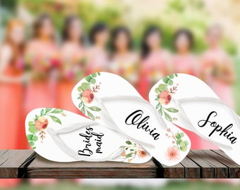 4ae677041982 Coral Wedding Flip Flops   Bride   Bridesmaid   Maid of Honor   Mother of  the Bride   Mother of the Groom   Gift   Wedding Trend   Bags Free