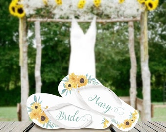 Custom Sunflower Flip Flops / Brides / Bridesmaid / Maid of Honor / Mother of the Bride / Mother of the Groom / Sunflowers Wedding / Gifts