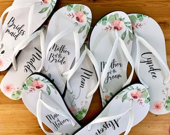 Coral Wedding Flip Flops / Bride / Bridesmaid / Maid of Honor / Mother of the Bride / Mother of the Groom / Gift / Wedding Trend / Bags Free
