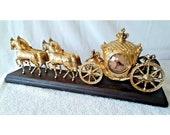 Vintage 1960 39 s Brass 4 Horse Carraige Mantel Clock Wood Base 21.5 quot x 8.5 quot x 5 quot