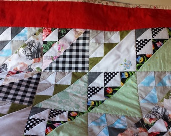 Large Alice in Wonderland quilt / couch throw