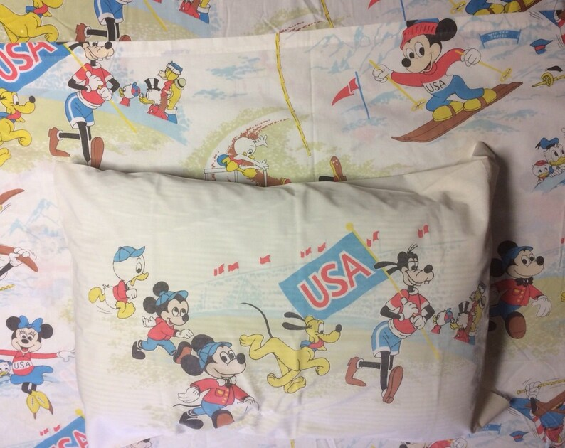 Vtg Walt Disney Mickey Mouse Twin Sheet Set USA Winter Summer Games Goofy  Donald