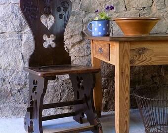 antique peasant chair, farmer's chair, Herzerl chair