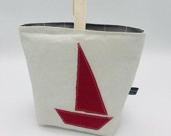 Clothespin bag sail