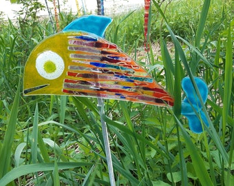 Garden object fish