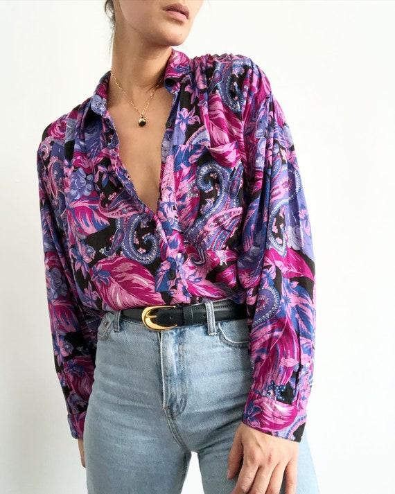 Vintage 100% rayon paisley printed blouse