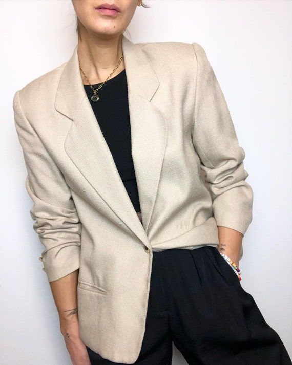 Vintage textured minimalist blazer