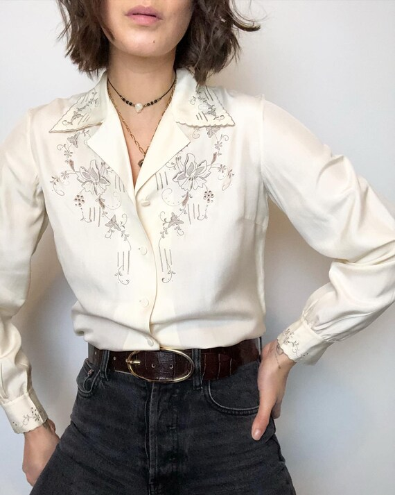 Vintage 100% silk hand embroidered blouse