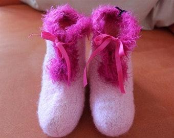 Felt, slippers size 25/26