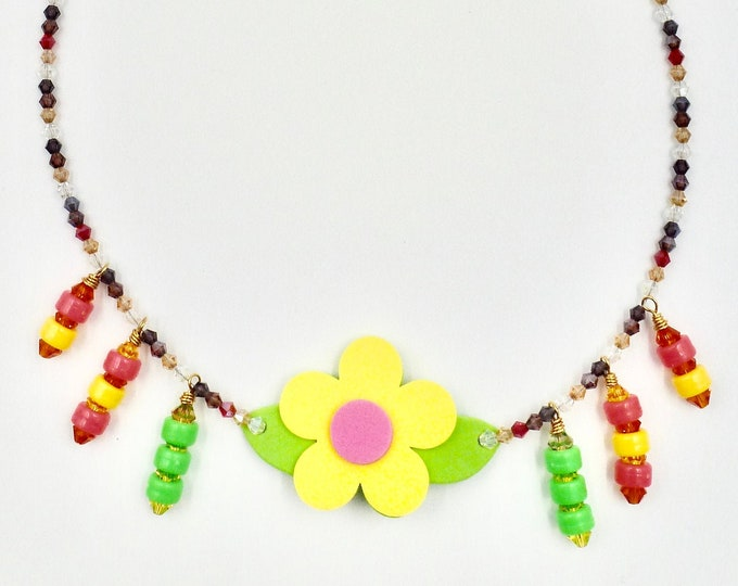 Colourful Flower Pendant Beaded Necklace