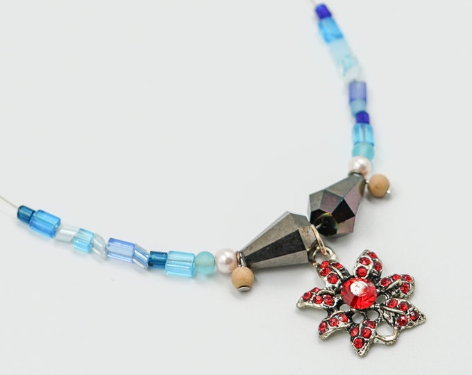 Christmas Flower Winter Beaded Necklaces