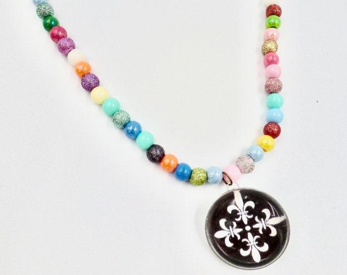 Black and White Pendant Rainbow Beaded Necklace