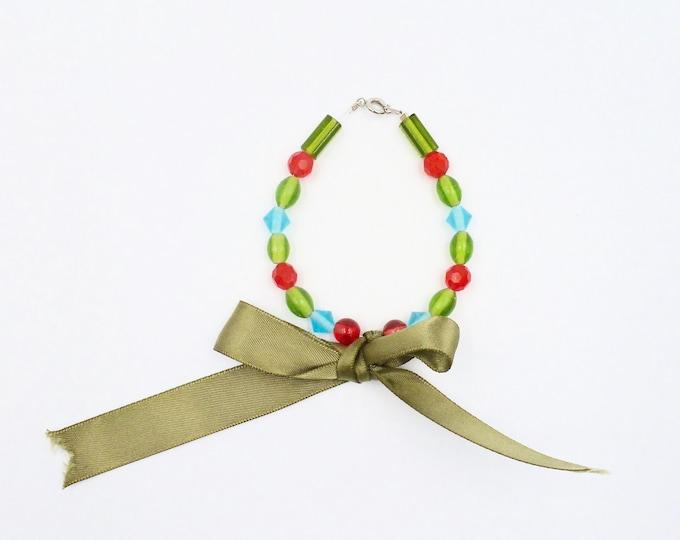 Green Bow Beaded Bracelet