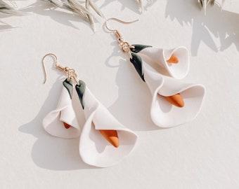 Botanical Statement Earrings White Flower Earrings Dangle Earrings Niece Birthday Gift for Girlfriend Calla Lily Earrings Daughter