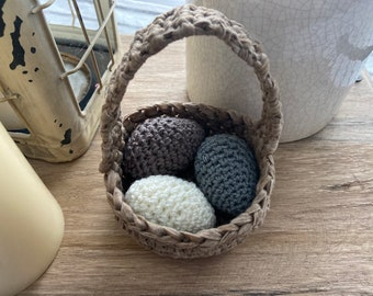 Green table d\u00e9cor Crochet storage Small basket with handle Easter egg holder