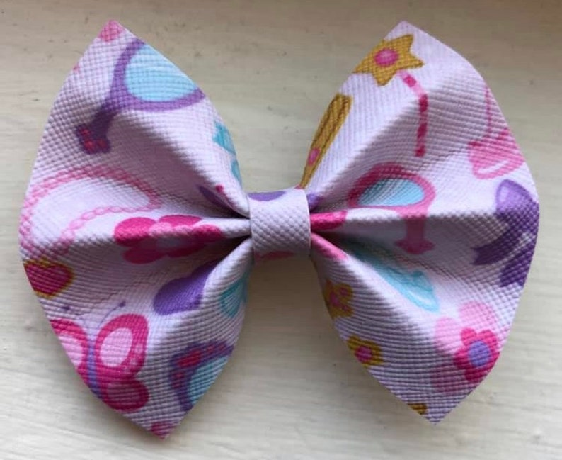 21dfa143ad420 Girly Girl Hair Bow