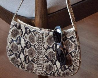 f431ad47051e Vintage snake bag