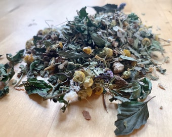 Winter Tonic Herbal Blend | Immunity, Respiratory, Vitality Support | Organic Hay Topper & Forage for Bunny Rabbit, Guinea Pig, Chinchilla