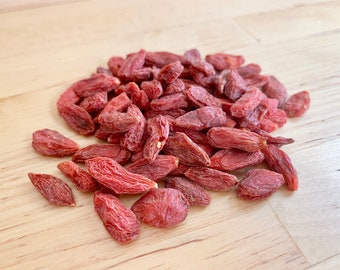 Goji (Lycii) Berry Nibbles  | 2 oz | 1/2 cup | Organic Treat for Bunny Rabbit, Guinea Pig, Chinchilla, Hamster, Gerbil, Rat, Mouse