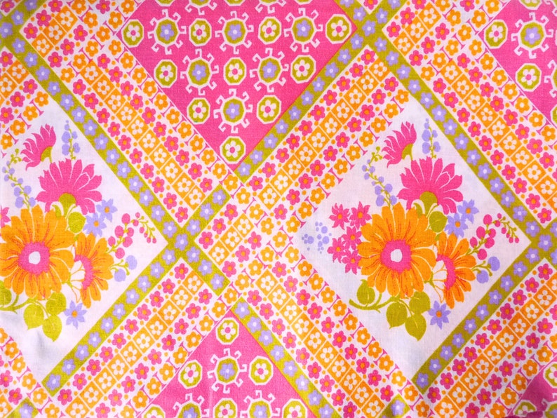 Colorful 70s Country Flower Fabric By the Yard German Vintage Patchwork Scraps Colorful Diamond Shape Rainbow Geometric Hippie Design