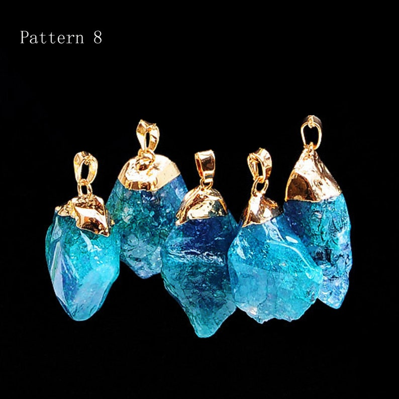 Natural Cystal Raw Rough Fluorite Quartz Stones Irregular Shape Stone Gold Plating Pendant with Hole for  Necklace Craft Project Making