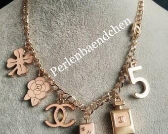 Magnifique collier de Chanel CC chaîne or ff51e78c0ec