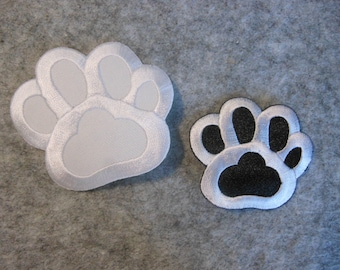 Paw embroidered patch for ironing white and black