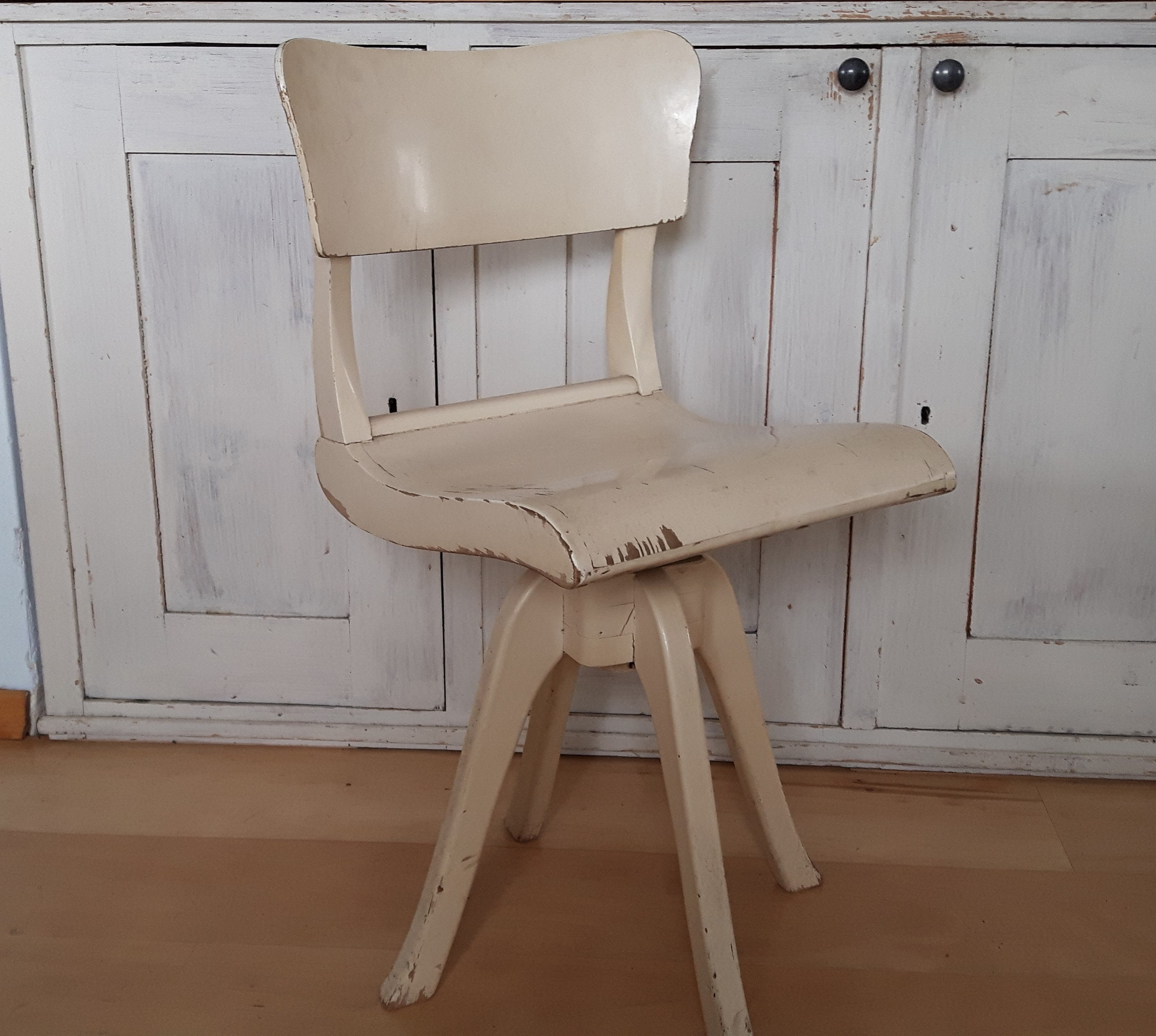 Shabby Swivel Chair Art Deco Desk Chair