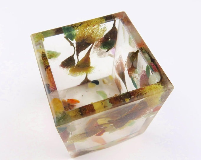 Pressed Flower and Crystal Chunk Square Pot, Pen holder