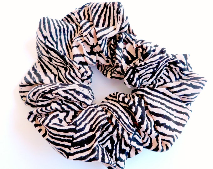 Pink Zebra Stripe Scrunchie - Lrg