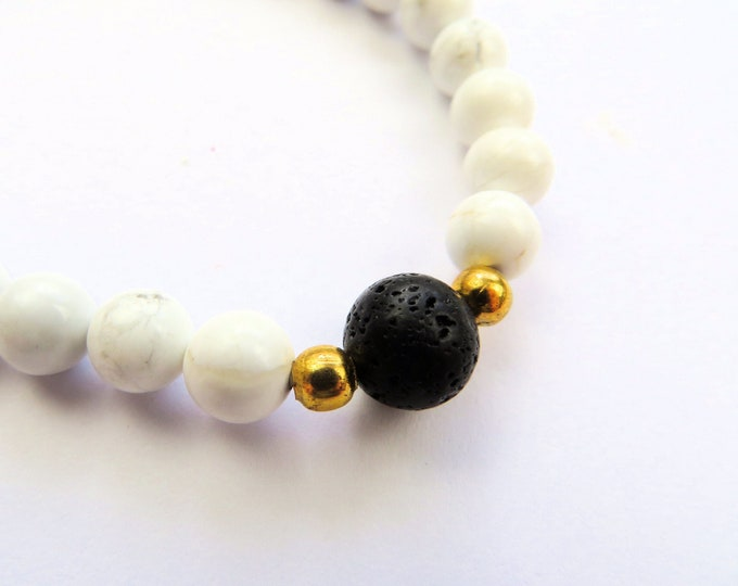 Howlite and Lava Stone Beaded Bracelet M-L
