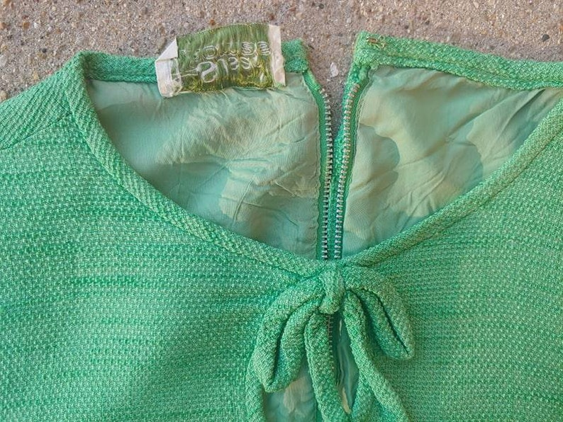 60s Vintage Spring Green Susan Thomas Keyhole Top Blouse
