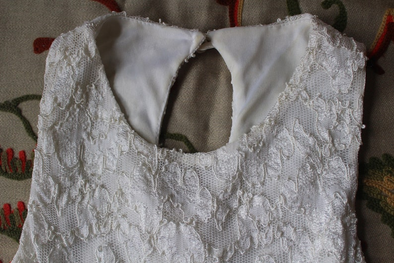 90s Steppin Out White Dress Keyhole Back Skater Skirt Style Lace Small Medium High Neck